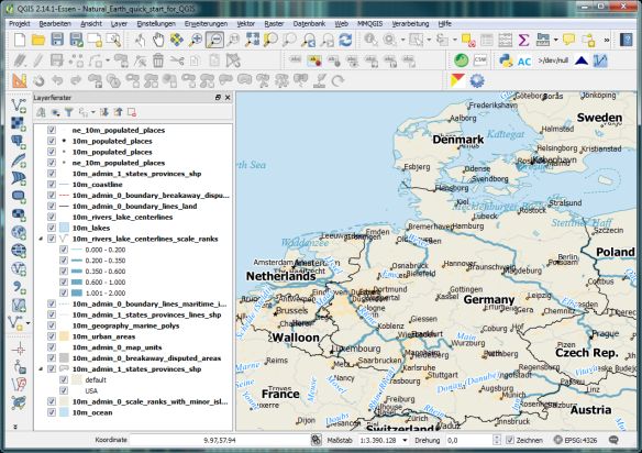 Natural_Earth_Data_starter_in_QGIS_1